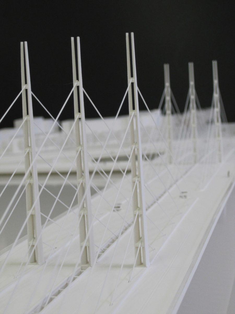 maquette blanche du pont de Bordeaux par Marc Barani au 1/200ème