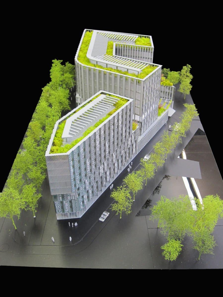 Maquette de promotion hôtel et bureaux à Porte d'Italie XTU au 1/200ème