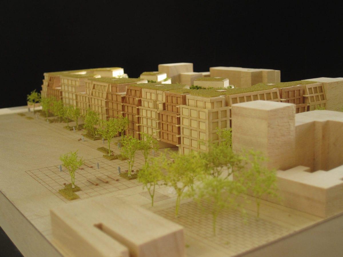 maquette en bois du projet de grand paris àménagement à Asnières par Antonini Darmon au 1/500ème