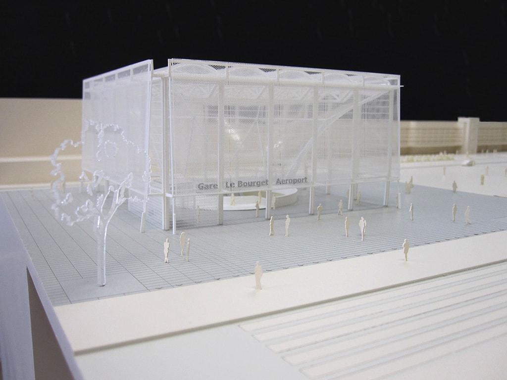 Maquette de la gare du bourget Aéroport par l'agence Novembre architecture pour la société du Grand Paris au 1/200ème